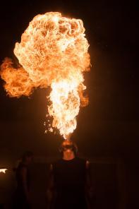 Огненное шоу, пиротехническое шоу, неоновое шоу на свадьбу корпоратив
