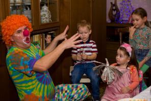 Волшебные фокусы-покусы с весёлым клоуном бубликом