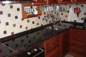 Ремонт кухни. Замена и установки столешниц.
