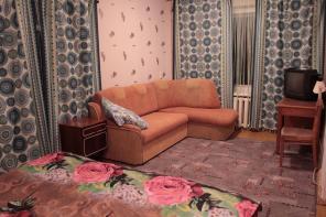 Бюджетная 1-комн. квартира на сутки, часы в центре Витебске