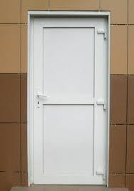 Пластиковые двери и входные группы
