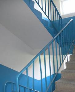 Стандартные лестничные ограждения МВ, ЛО и ОМ для бетонных лестниц