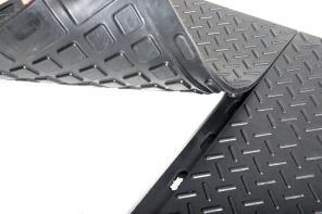 Чем покрыть полы в гараже – резиновая плитка для сборки покрытия