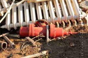 Услуги демонтажа старых труб, секций радиаторов, сантехники, ванн