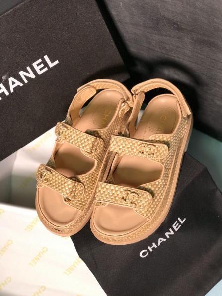 Зимние сапоги и ботинки Chanel, натуральная кожа, мех, все размеры