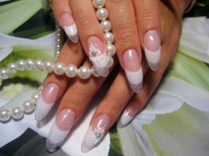 Курс наращивание ногтей, дизайн ногтей в Краснодаре