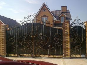 Кованные ворота ручная ковка для вашего дома