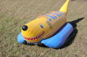 Продаю Водный банан «Акула»
