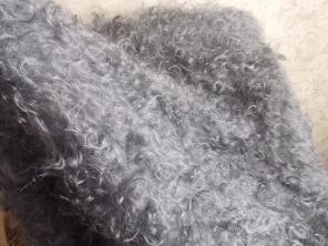 Продам теплые платки ручной вязки из деревенского козьего пуха