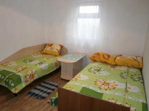 Комнаты для отдыха у моря Каролино Бугаз Удобства в номере Недорого