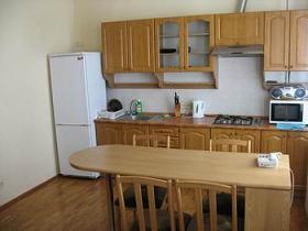 2-комнатная современная квартира на ул. Ванеева