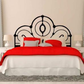 Металлоизделия, кровати, столы, ворота, мебель.