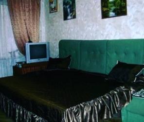 Сдам комнату в 2х к. квартире в элитном Печерском район