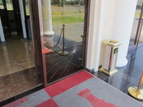 РЕМОНТ пластиковых и алюминиевых окон, дверей, витражей.