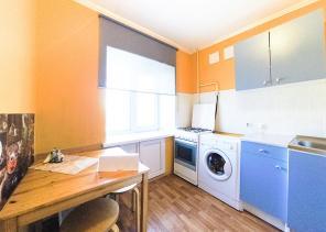 ПОСУТОЧНО 1-комнатная квартира в центре Екатеринбурга ЛУНАЧАРСКОГО 53