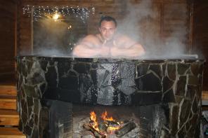 Молодильный чугунный чан для купания над костром круглый год