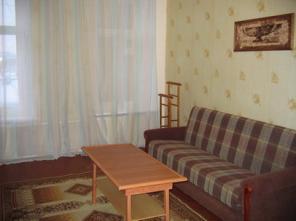 В центре Петербурга возле метро сдается посуточно уютная комната 18 м2