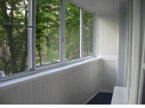 Пластиковые окна, двери. Остекление балкона и лоджии