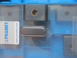 Купим резцы пластины для обработки колёсных пар: LNMX301940 и RPUX3010