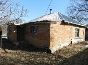 Продам недорого дом с участком в Дергачевском районе