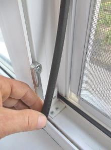 Замена резины на окне, двери.