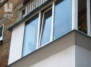 Установка козырьков на застекленные балконы и лоджии. Низкие цены!