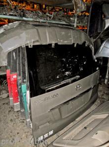 Toyota Land Cruiser Prado 120 крышка багажника