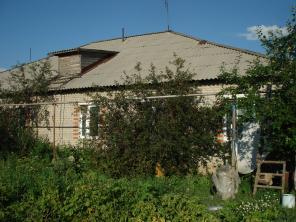 Продаётся дом семи комнатный, 1993 года постройки цена 6500000 тенге