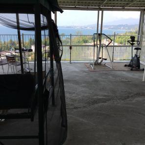 Бархатный сезон в апартаментах с видом на море в Сухуми