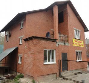 Продам коттедж с гостевым комплексом, земли -18 соток в Саргазах