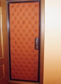 Обивка входной двери кожей, экокожей, тканью. (фабрика)