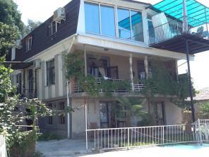Апартаменты в Сухуми на вилле Мимоза