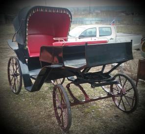 Продаю кареты, сани, экипажи, упряжь, дуги для лошадей и пони