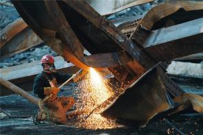 Металлолом в Москве приобретаем круглосуточно, режим грузим и вывозим