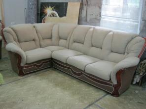 Перетяжка ремонт обивка мягкой мебели