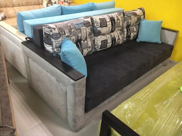 Продавец - дизайнер мебели требуется