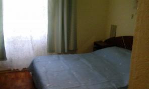 Сдам для отдыха в центре Феодосии пол домика