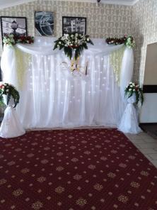 Украшение свадебных машин, банкетов