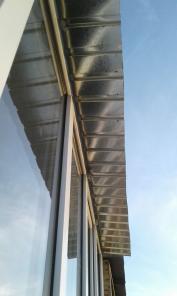 Крыша на балкон с обшивкой потолка