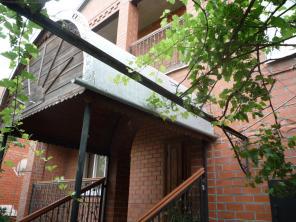 Продаю 2-х этажный в 4 уровнях дом в Краснодарском крае.
