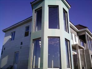 Продается в Крыму двухэтажный коттедж с жилой мансардой