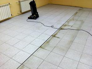 Очистка каменных полов и твёрдых напольных покрытий в Полевском
