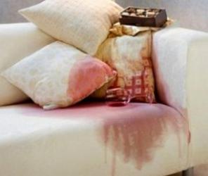Выведение пятен с обивки мягкой мебели и ковров в Полевском