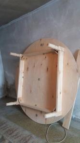 Продам новые круглые столы ручной работы