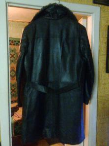 Продам пальто кожаное мужское на натур.цигейке, р. 52-54.