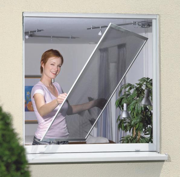 Москитные сетки на окна и двери.