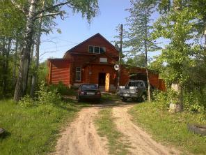 СРОЧНО продается в г. Лысково деревянный дом из 2 этажей и с гаражом