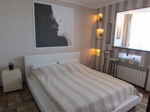 Сдам посуточно 2х -комнатную видовую квартиру у моря