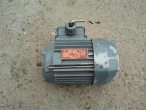 Продам электродвигатели