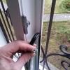 Замена резины на пластиковых окнах